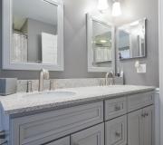 nuss-construction-bright-white-bathroom-remodel-2